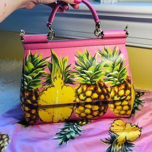 Dolce & Gabbana Bags - New authentic Dolce&Gabbana pineapple print bag